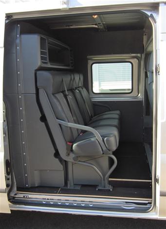 am nagement de cabine approfondie pour v hicules utilitaires. Black Bedroom Furniture Sets. Home Design Ideas